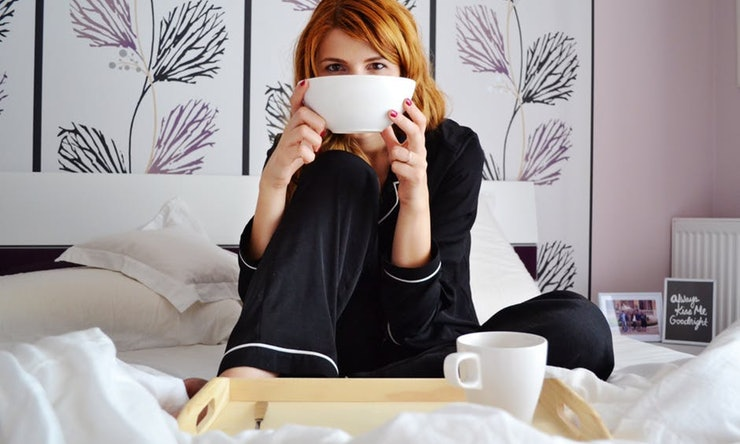 15 Genius Ways To De-Stress Before Bed That Actually Work